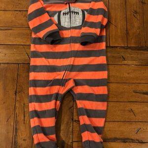 Carters boys18 months one piece sleepwear